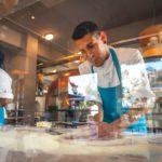 John & Morro in pizzeria